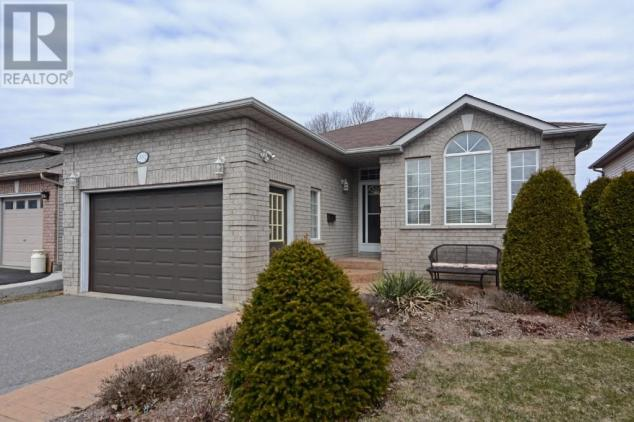 3042 Westridge Blvd, Peterborough.jpg